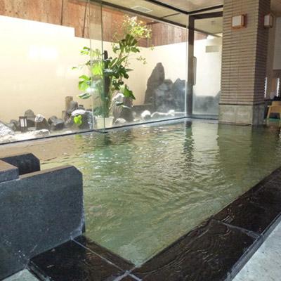 伊豆長岡の名湯のひとつである一條の露天風呂は胃腸にも効果がある飲める温泉です